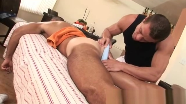 Ass massage with a vibrating piece Girls snapchats that send nudes
