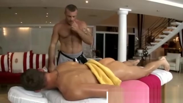 Muscular masseur seduces straight guy Best ass pov porn