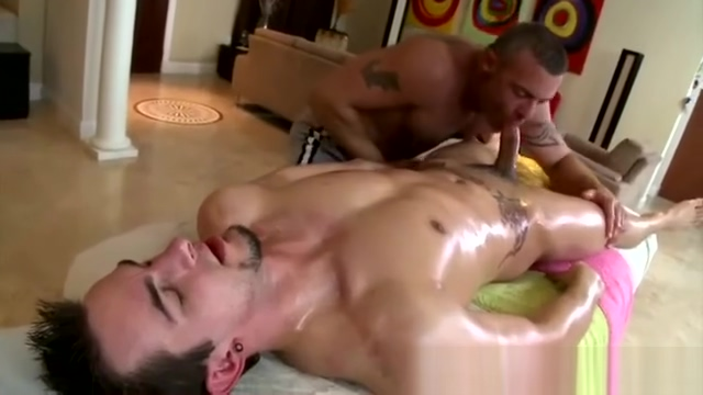 Strong masseur rubs a guys penis Signs a woman wants to fuck