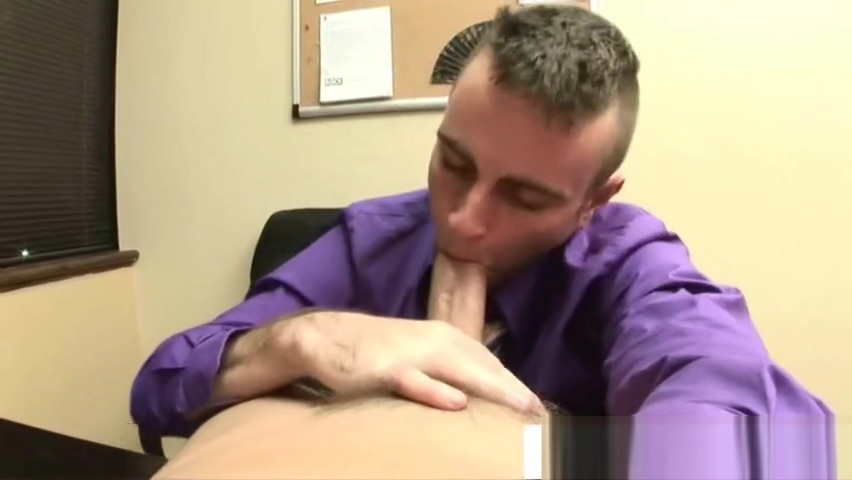 Office twink blowing Pirate wench nude