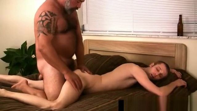 Gay dude getting his anus fingered by bear By Gaypridevault part3 black chick getting facefucked