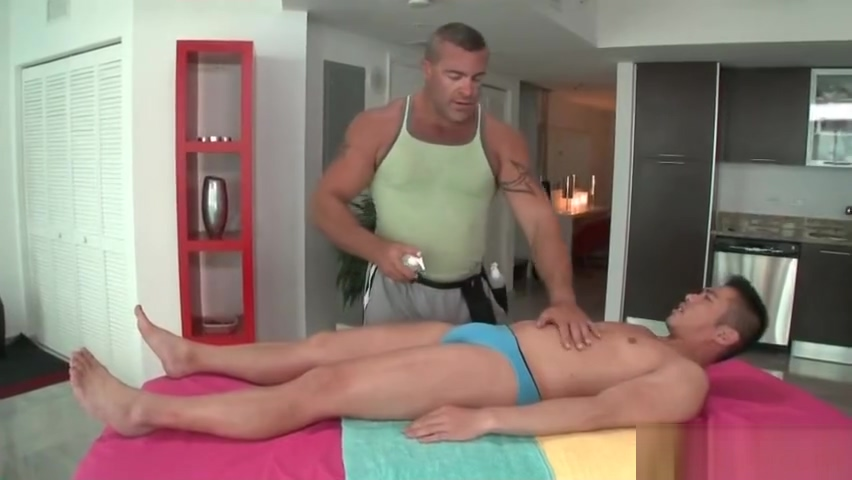 Hunk gets his body oiled and massaged part2 Ameri Ichinose Japanese Private Teacher