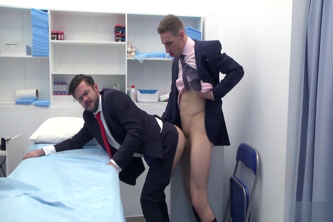Arrogant doctor Maid Cheating His Wife