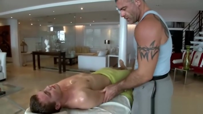 Sexy gay massage with sexy amateur guy Anal Sucking Pic