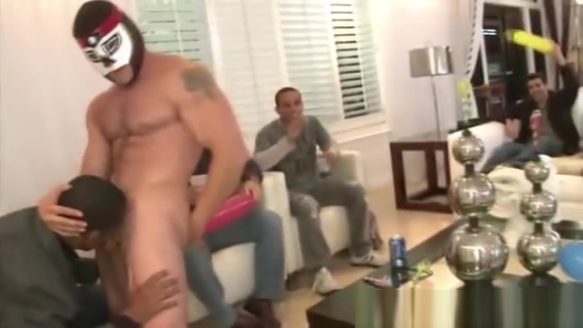 Sexy gay stripper gets cock sucked circulus the lick on the tip
