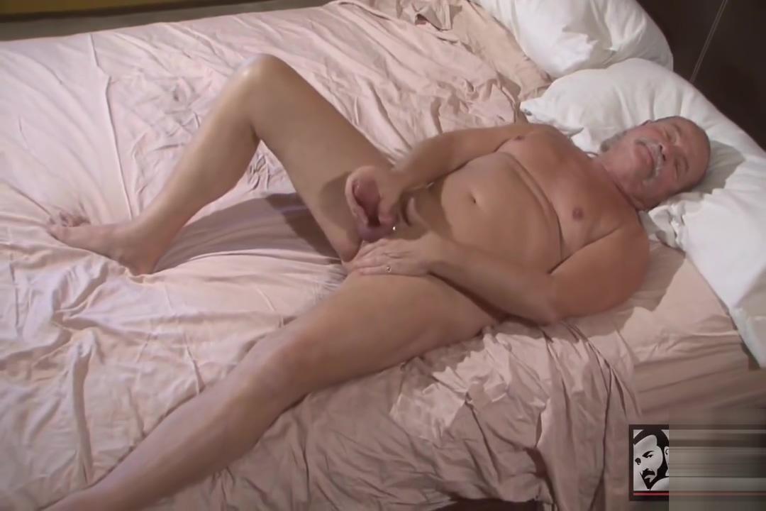 mature daddy jerks off Nude pics of erika eleniak