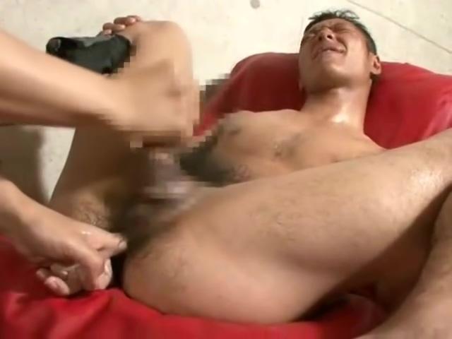 Tattoo strong guy enjoy sex Les Favorites1