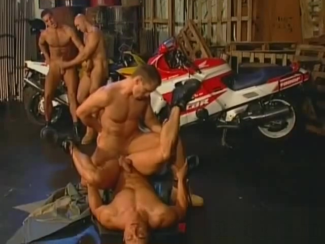 Naked gay bikers having sex in garage christina applegate sucking cock free sex videos watch beautiful