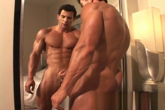Muscle Hunks - Tony DaVinci - The Exhibitionist Part 2 Cunt sex and fuck