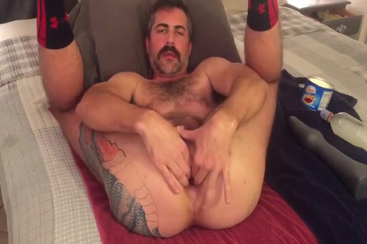 daddy shoves dildos in his hole Warning signs of hookup a jerk