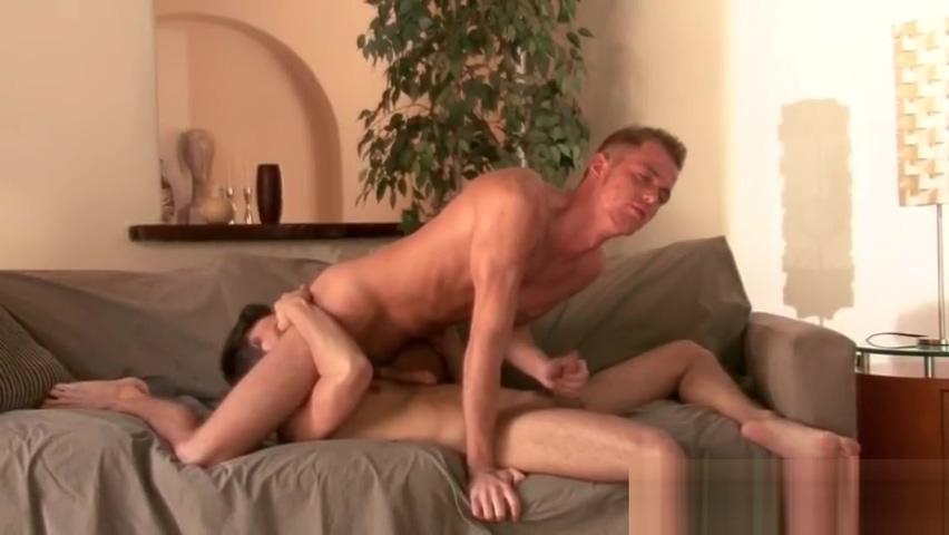 Brothers sexy boyfriend gets cock sucked part4 Sexo ropita en Leon