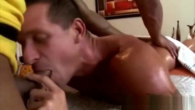 Straight guy seduced by gay hands Cock on cock rubbing