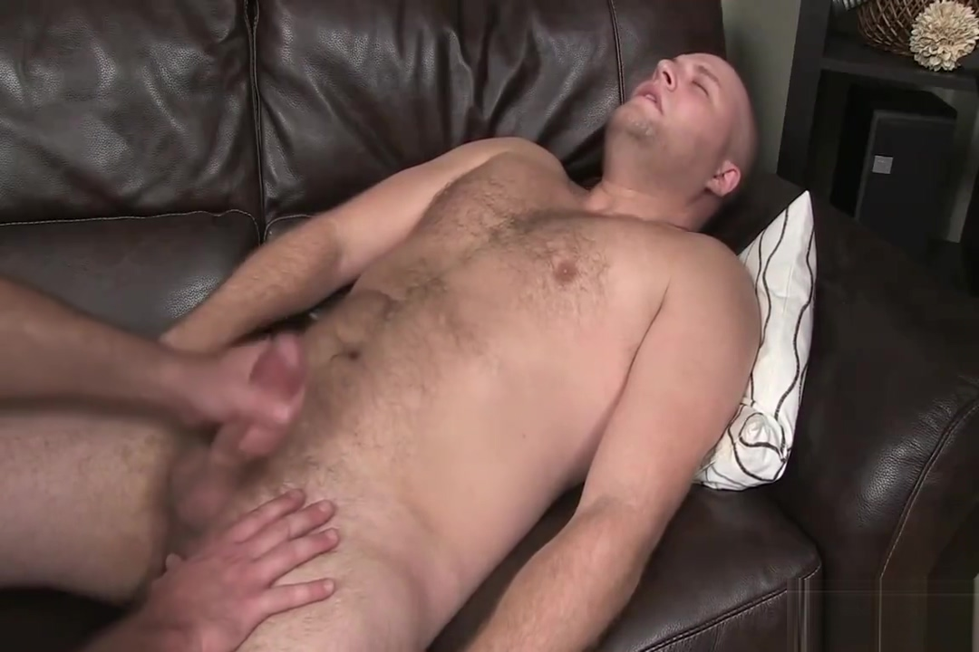 Dominic jerks off Kitchen wife