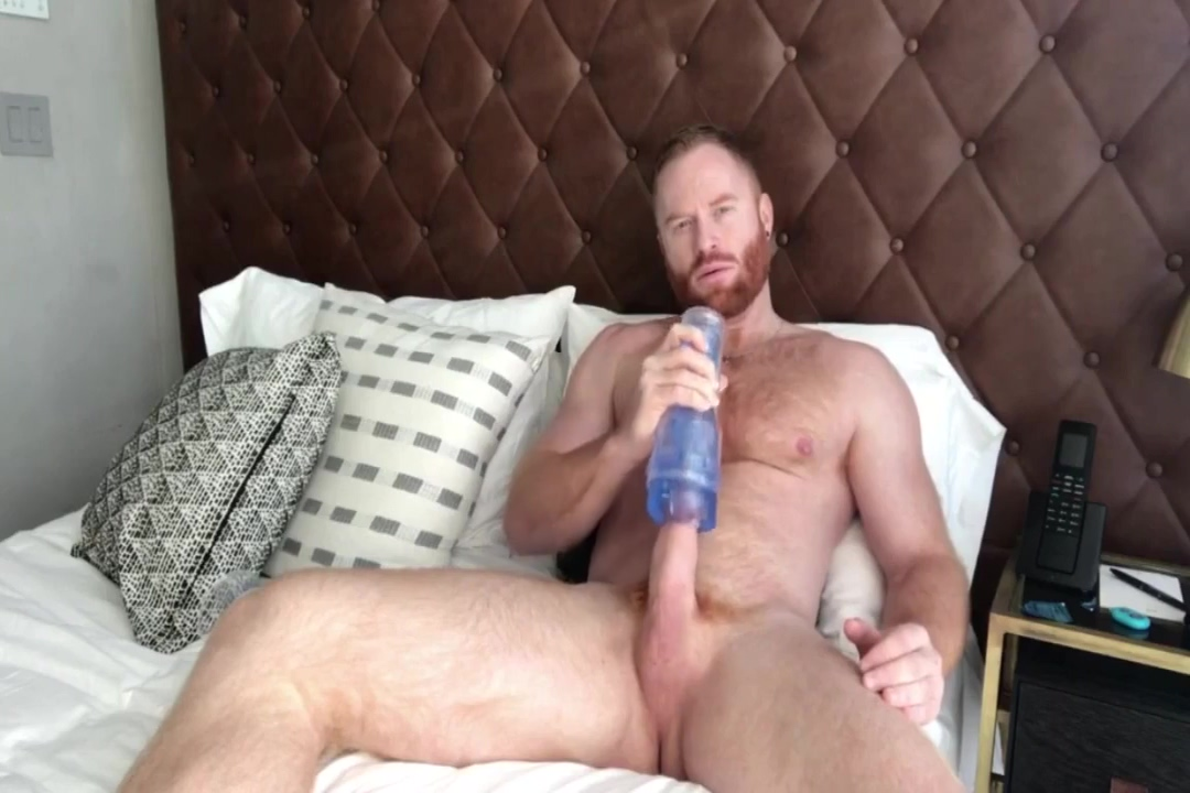 furry ginger hunk jerking off Voyeur night shot