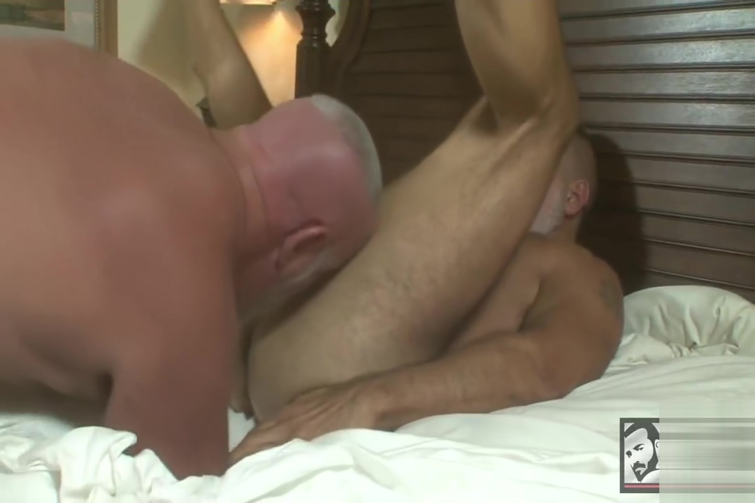 Jack and Zack fuck Skirt bus