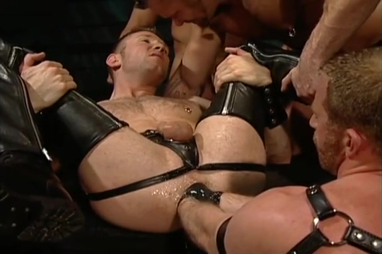 Leather Fuck Fist Four-way: Tober Brandt, Tyler Saint, Rick Van Sant Adam Faust Love locks uk locations