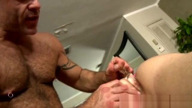 Straight guy loves dildos up his ass Ww ten sex