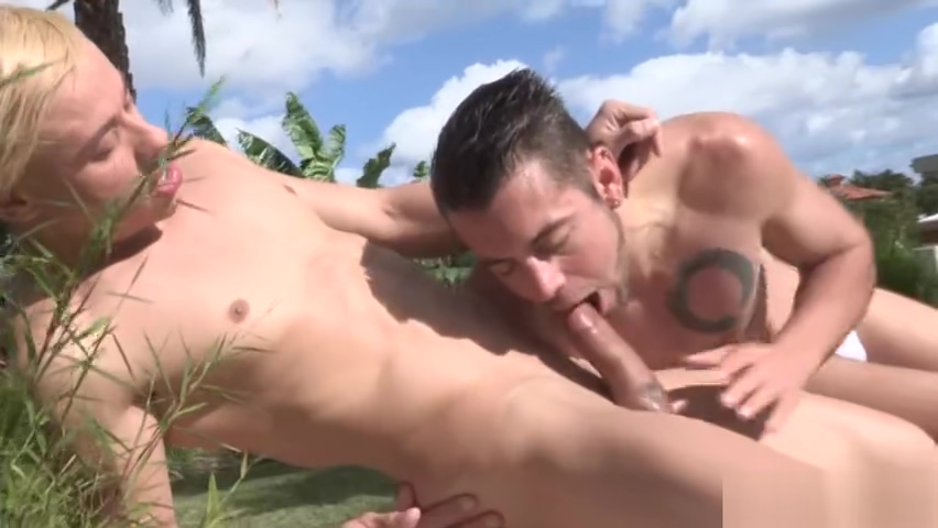 Big dick gay oral sex with cumshot Nude threesome naked