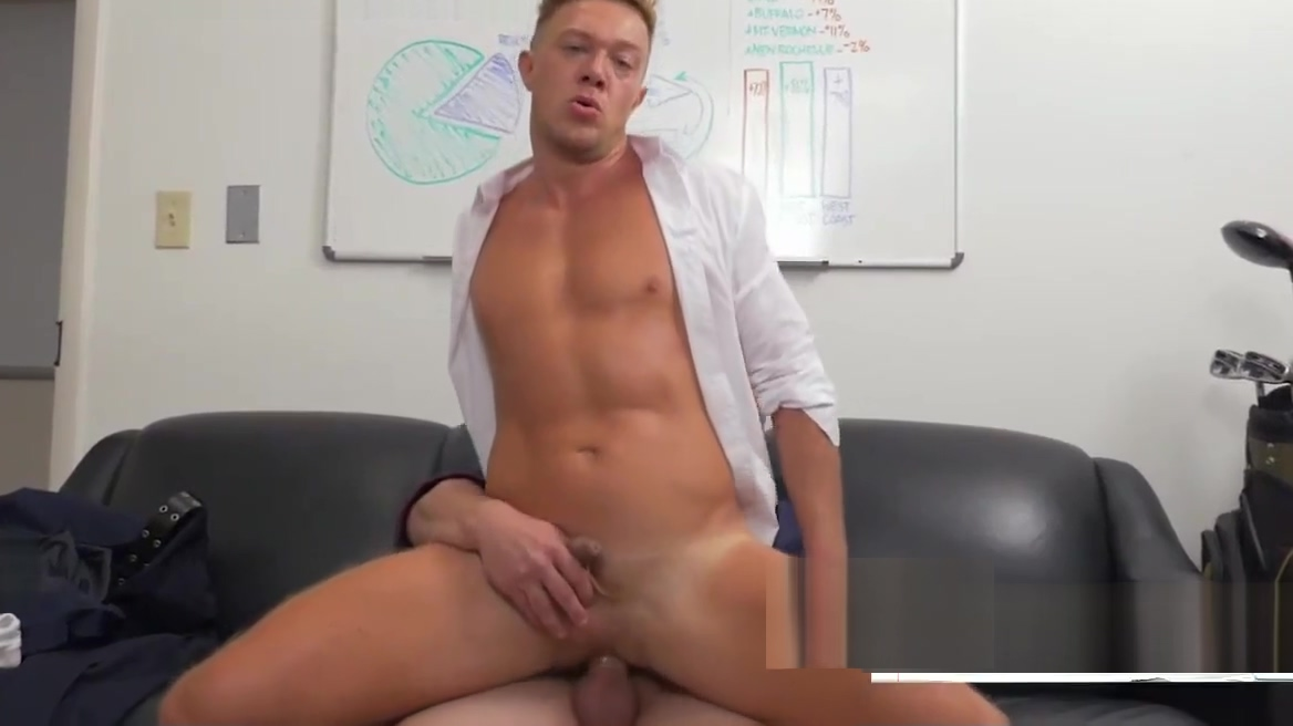 Handsome stud bouncing on fat piston for a raise Naked mexican mixed with asian