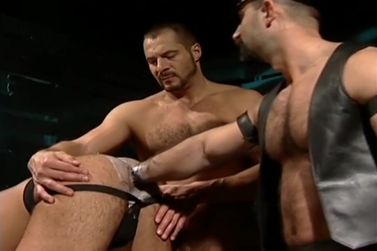 Leather Fuck Fist Three-way: Arpad Miklos, Alex Baresi Butch Grand brooklynn ass southern charms
