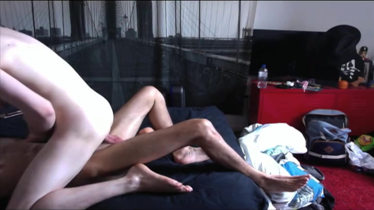 Sydney Twinks bareback on poppers Michael voicebox sex