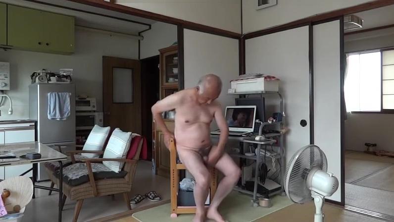 Japanese old man masturbation erect penis semen flows How long before sex after chlamydia treatment