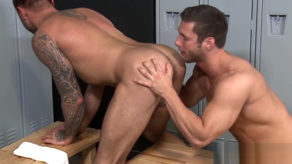 Gay hunk gets jizzed over Breast porn