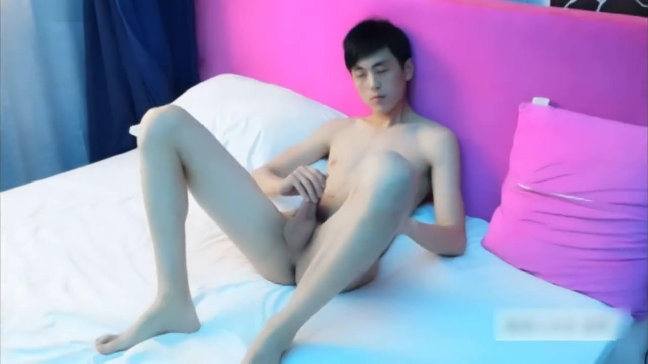 pale chinese twink jerk off Man shagging hot girl