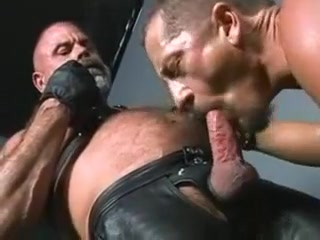 Smoking TitPig Steve Hurley &,amp, Leather Bear amateur free home made movie xxx