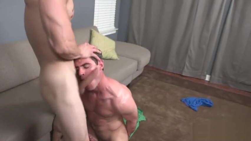 Muscle gay anal sex with cumshot Homme soumis par femme