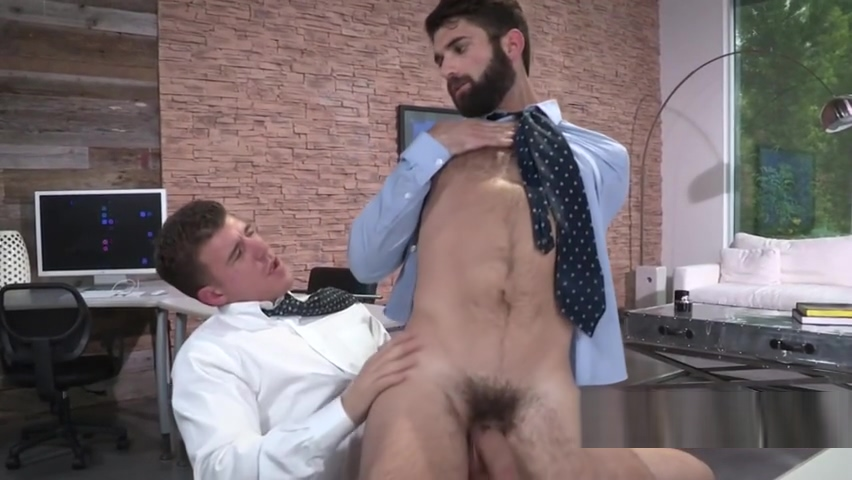 Bearded stud likes fat dong sliding deep into his ass two cocks blowjob gif pink shirt
