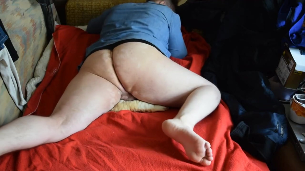 Chubby Bear Dry Humping a Pillow and Stroking Ssbbw sexy belly