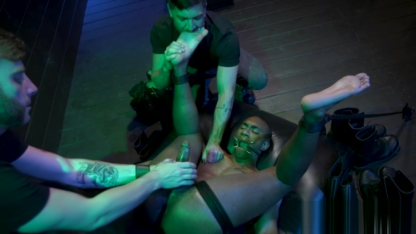 Muscly black stud gets edged by maledom duo jessica nova