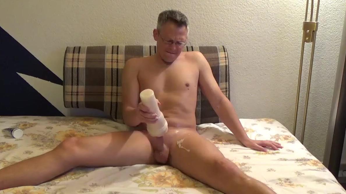 SEXY BOY beautiful orgasm! Black pimps white hoes porn