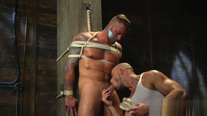 Muscular hunk suspended and jerked Voyeur Hand Job