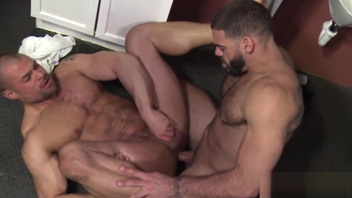 Gay bear rides gloryhole cock and gives head Threesome sex scene