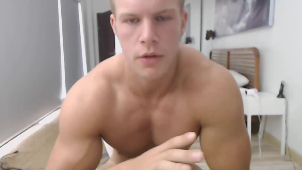 Huge Load Of Cum From Super Big Muscle Blonde Guy Babe pounded in pawnshops toilet room