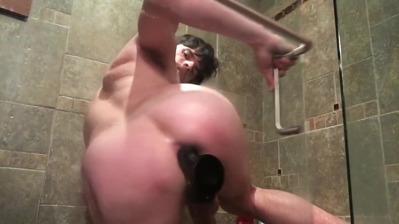 Shower anal toying Milf gets pussy licked and cock rammed