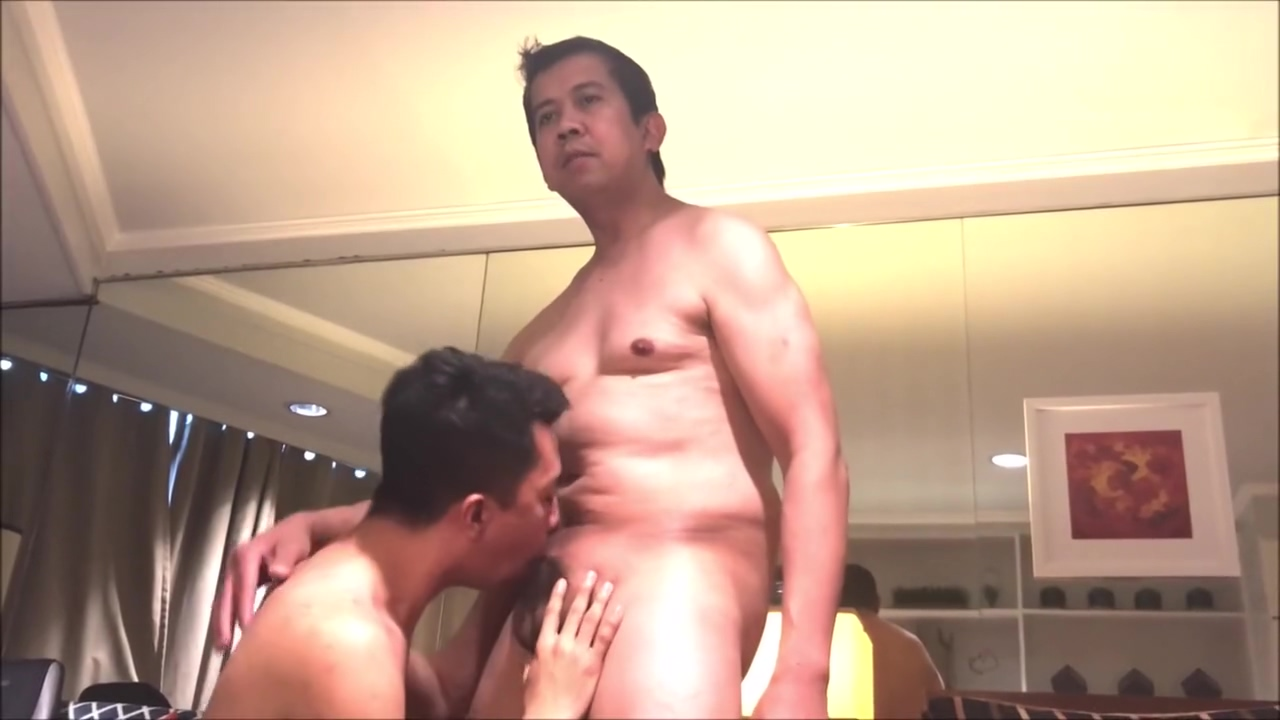 twink sucking daddys dick,gets a facial cumshot Brazil oil