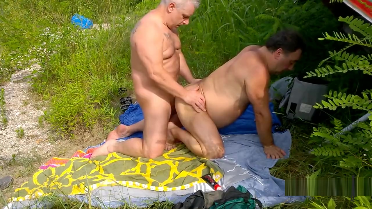 Daddies suck and fuck 2 boy gay sexy video