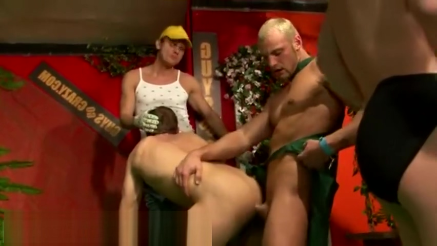 Group pissing on boy gay porn xxx Kuba Pavlik, Robert Driveman, Thomas Free Purn Hd