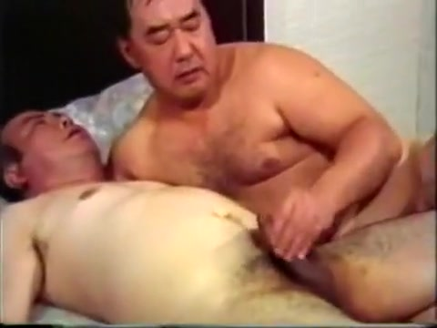 Japanese Daddies two of two What makes a woman a cougar