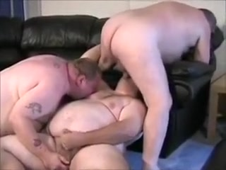 hot chub threesome Dating sites nigeria president