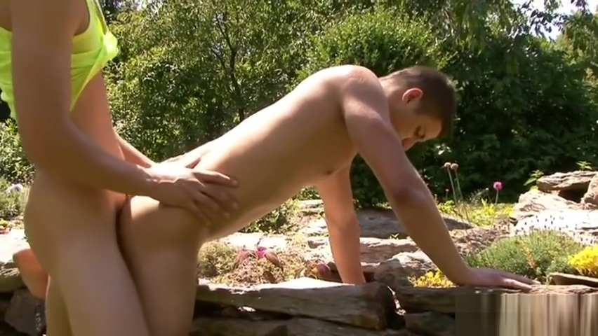 Muscle gay anal sex and cumshot bruce has a great uncut cock and real juicy oozing precum porn