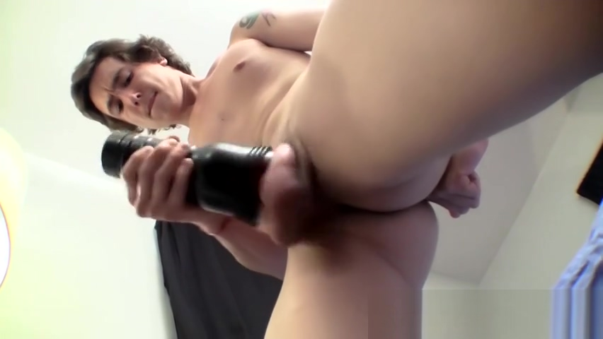 Young amateur works on his big cock and makes it squirt jizz 2 girls farting