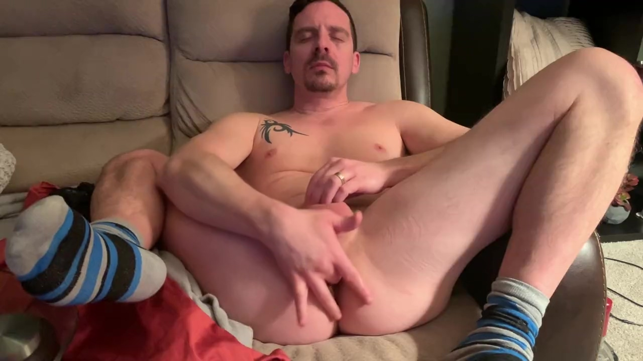 BI GUY FINGERS BUTTHOLE THEN EATS OWN CUM AFTER INTENSE ORGASM 4K Interracial blog big