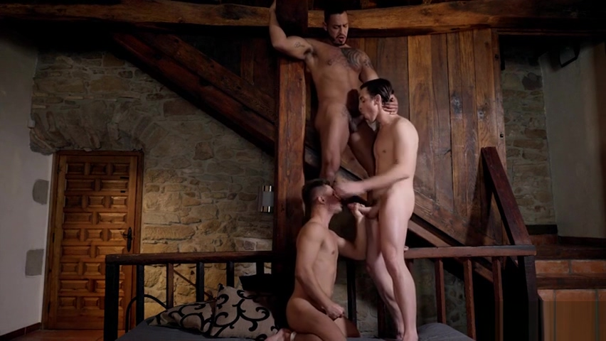 Muscle gay threesome and cumshot Black And White Couples Having Sex