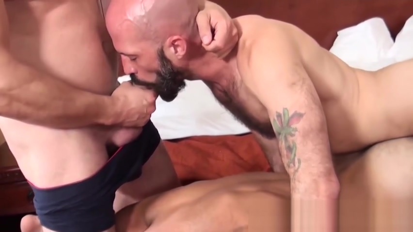 Hairy bear takes dick inside of his tight ass and loves it Sluts contact in Thum