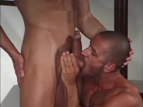 Muscle sex Fit and fuckable women in Zapala