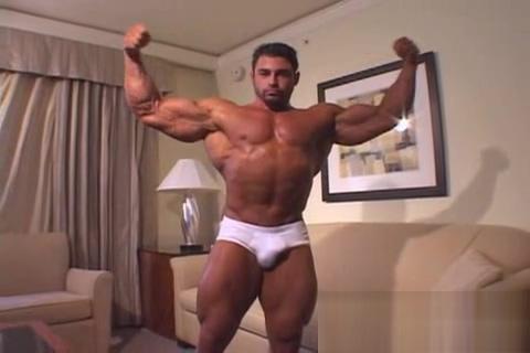 Handsome Bodybuilder: Mark Alvisi New very sexy video